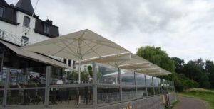 terras parasol groot